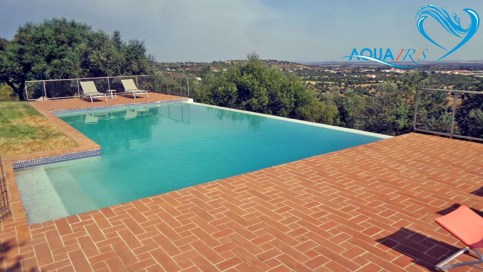 Agua verde piscina alentejo depois servi os de repara o - Agua de piscina verde ...